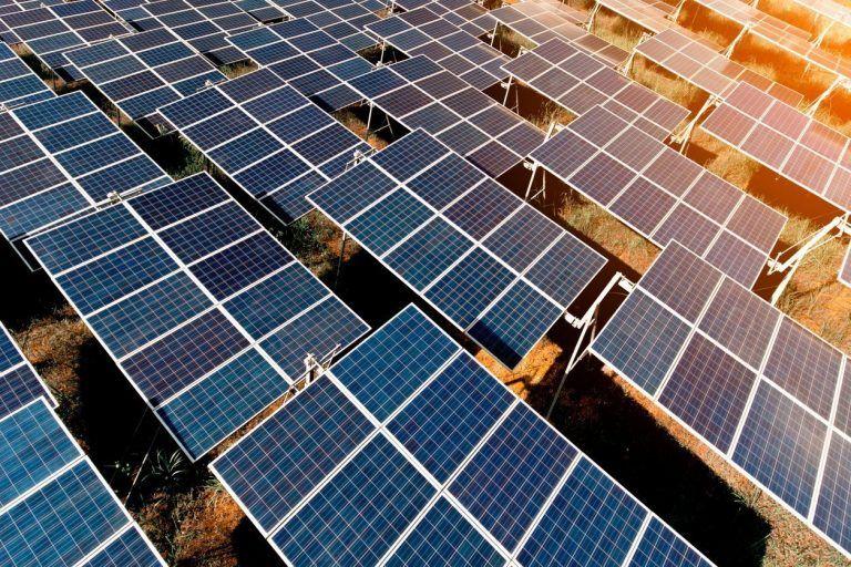 ¿Qué es la energía solar fotovoltaica? Celdas y paneles solares